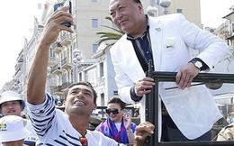 """""""Sếp của người ta"""" hào phóng chi tới 180 tỷ đồng đưa 2.500 nhân viên đi du lịch Tây Ban Nha"""