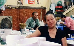 """Góc khuất ít người biết về cuộc sống nhiều nỗi buồn của bà chủ """"quán bún chửi"""" Hà Nội"""