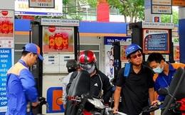 Xem xét tăng thuế môi trường với xăng lên 4.000 đồng/lít