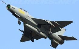 Yak-130 đứng trước nguy cơ bị F-7G Trung Quốc soán ngôi tại Lào