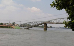 Vụ sập cầu Ghềnh: Điều chỉnh phương án chạy tàu tuyến Bắc-Nam