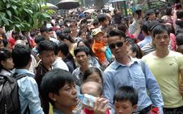 Hà Nội: Chật cứng người trong Công viên Thủ lệ những ngày nghỉ lễ
