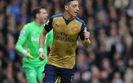 """Tự """"bắn vào chân"""", Arsenal hết cửa vô địch"""
