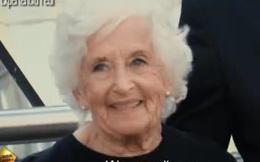 Màn trình diễn trên phố khó tin của bà cụ 81 tuổi