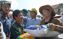 Báo Trí Thức Trẻ trao quà hỗ trợ người dân vùng lũ Quảng Bình