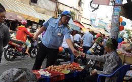 Cách chức tổ phó trật tự đô thị có kiểu phạt kỳ lạ