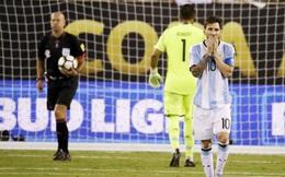 Xin đừng khóc nữa, Messi!