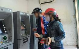 Cho mướn tên làm thẻ ATM, coi chừng gánh nợ