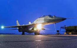 MiG-29SMT Nga xuất kích trong đêm, buộc mục tiêu lạ phải hạ cánh
