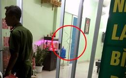 Bênh nữ nhân viên quán karaoke, nã súng vào văn phòng tư vấn nhà đất