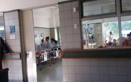 Hà Nội: Đi chăm vợ bệnh, người đàn ông bất ngờ khống chế con tin rồi đâm trọng thương cảnh sát