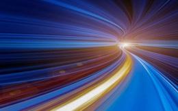 Einstein đã sai về vận tốc ánh sáng?