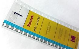 Cận cảnh tấm danh thiếp khác người của CEO Kodak