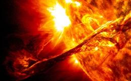 Đây là lý do tại sao con người không mang rác thải đổ lên Mặt Trời