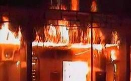 Đốt cháy rụi nhà chị gái vì không cho mượn xe máy