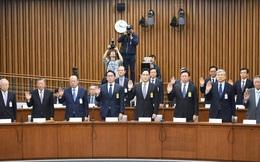 Sếp lớn Samsung, Hyundai, Lotte lắp bắp điều trần về bê bối của bà Park Geun Hye