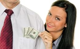 """Nộp hết lương cho bạn gái, từ """"soái ca"""" biến thành kẻ trộm vặt"""