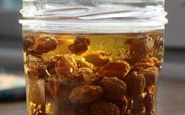 Công thức thải độc gan bằng nho khô
