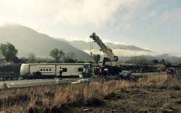 Tai nạn xe bus nghiêm trọng tại Tây Ban Nha, 14 người tử vong