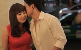 """Vừa """"tái xuất"""" Lê Khánh đã được trai trẻ ôm hôn tình cảm"""