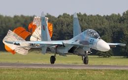 """""""Mỏ vàng"""" tiêm kích Su-27 đang chờ những nước nghèo tới khai thác"""