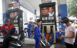 Ngày mai, giá xăng sẽ tiếp tục tăng?