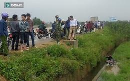 Phát hiện thi thể người đàn ông bên cạnh xe máy dưới mương nước