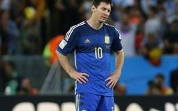 """CLIP: Messi """"cạn lời"""" khi Higuain làm điều không tưởng"""