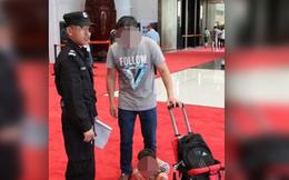 Du khách Trung Quốc lại hành xử thiếu văn minh trên thảm đỏ G20
