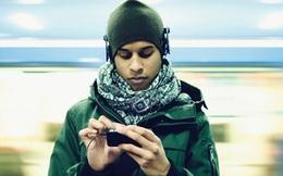 Bạn có nhận ra điện thoại đang biến đổi cơ thể chúng ta đáng sợ như thế nào không?
