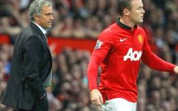 """Trước khi ĐT Anh sang Pháp, Mourinho """"rỉ tai"""" điều gì với Rooney?"""