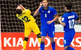 Hỏng 2 quả penalty trong 30 giây, Thái Lan đau đớn rời World Cup