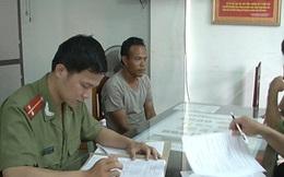 Một người Lào vận chuyển 47kg thuốc nổ vào Việt Nam