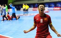 Thủ quân ĐT futsal Việt Nam đấm chảy máu mồm HLV vì vui mừng