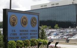 Người cùng công ty Edward Snowden bị bắt vì đánh cắp thông tin mật của chính phủ Mỹ