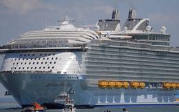 Ở bên chiếc siêu du thuyền khổng lồ này, tàu Titanic chỉ là một chú bé