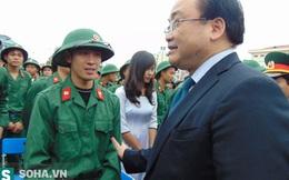 Bí thư Hà Nội và Chủ tịch Chung tiễn hàng trăm tân binh lên đường