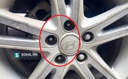Hoảng hồn khi phát hiện bánh xe ôtô đang chạy mất gần hết ốc