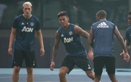 """Man United: Từ hai kẻ """"bỏ đi"""" đến Maldini và Baresi trên thảm cỏ Old Trafford"""