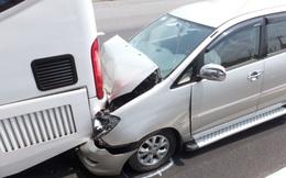 Tai nạn ô tô liên hoàn trên đường cao tốc TP.HCM- Trung Lương