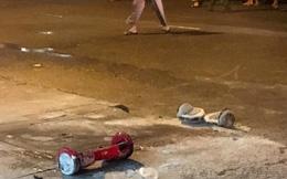 Clip xe điện cân bằng tự phát nổ giữa phố Sài Gòn