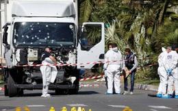 """Khủng bố Pháp: """"Cỗ máy giết người"""" 19 tấn và hàng rào an ninh"""