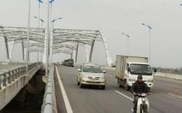 Nhiều sự cố tại cầu vượt Long Biên và đường 5 kéo dài