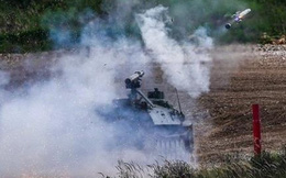 Ukraine - Azerbaijan công khai sản xuất vũ khí Nga