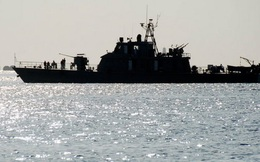 Mỹ bắn tên lửa,Iran đưa hạm đội tới Yemen