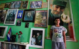 24h qua ảnh: Cậu bé 10 tuổi thần tượng Fidel Castro