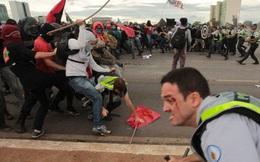 """Brazil """"thắt lưng buộc bụng"""" 20 năm, dân bạo động"""