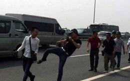 Nhà báo bị hành hung trên cầu Nhật Tân: GĐ Công an HN nói gì?