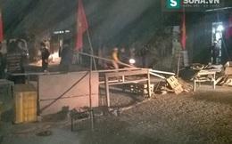 Hàng trăm người đẩy bê tông ra chặn quốc lộ 38, phản đối nhà thầu
