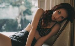 """Bị Ngọc Trinh """"vạch mặt"""", hot girl Quỳnh Chi nói gì?"""